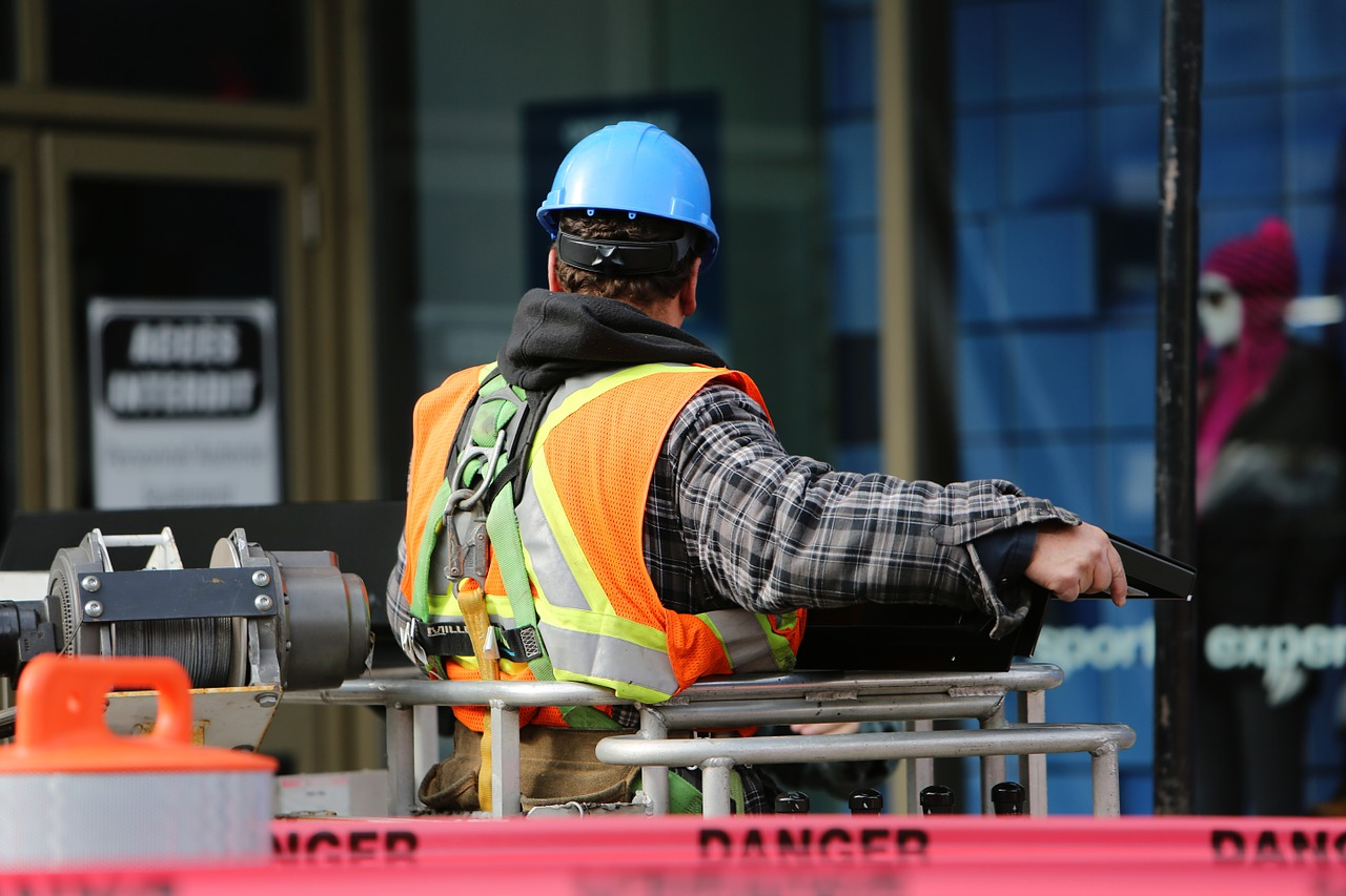 Appointing and dealing with a building surveyor